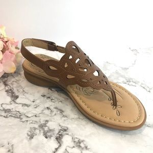 Naturalizer Brown Leather Sandals (7)